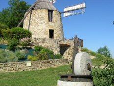 Mes vacances d'été à Lautrec, petit village du Pays de Cocagne Moulin11